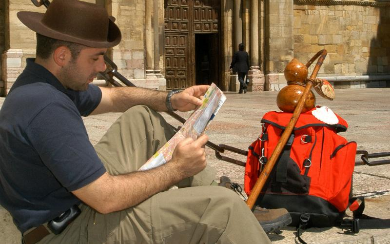 Hiking sticks on the Camino or not? The Complete Guide