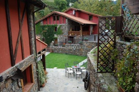 CANTABRIA: Fantastic apartments in the middle of Picos de Europa mountain range
